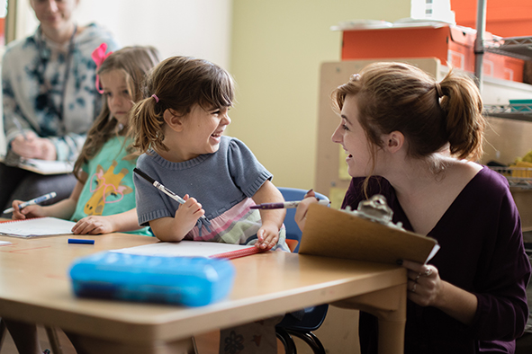 From experimental labs and practice in clinical therapy to our on-campus laboratory preschool, the psychology program at Rollins emphasizes experiential learning, allowing majors to hone their knowledge through real-world applications.